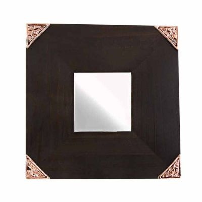 Triangle IV, Mirror with decorative pattern on its four corners, in shiny copper.