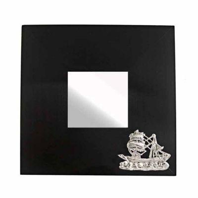 Δικάταρτο Σφουγγαράδικο, Καθρέπτης με σχέδιο ιστιοφόρου από χαλκό, επαργυρωμένο σε διάλυμα ασημιού 999°.